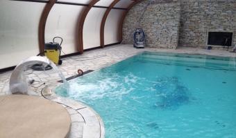 pool-indoor02